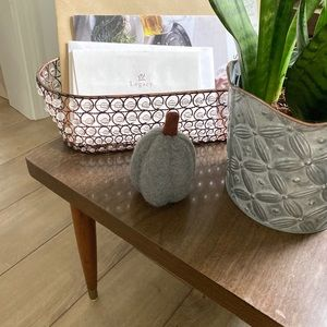 Metal beaded basket